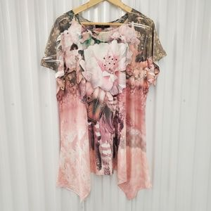 Red Coral Collections Long Hem Floral Blouse